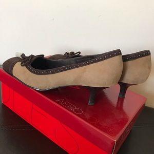 Aerosols suede tassel brown & tan heels - NIB